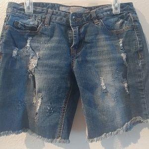 Refuge Burmuda Shorts